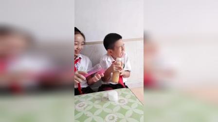 美好的童年:饮料怎么变成史莱姆了