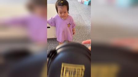少儿:我想要吃的