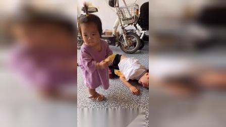 少儿:哥哥你怎么了