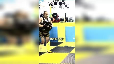 今天传统武术腿法——侧踹腿