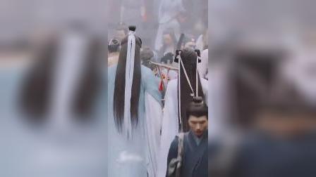 《琉璃》成毅这身白鹤纱衣是在致敬司凤璇玑吧