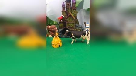 贝尔和牛先生较劲,猪爷爷提醒贝尔公主,贝尔公主给牛先生让路