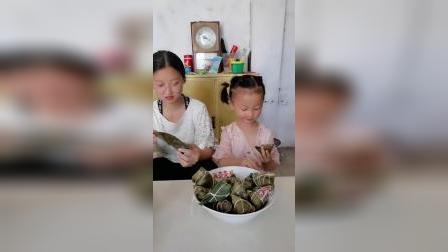 亲子游戏:来吃粽子喽