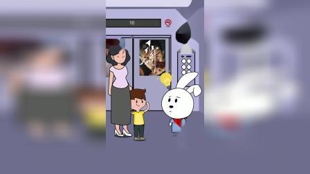 在电梯里也躲不开熊孩子