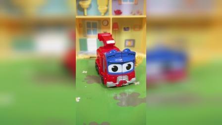 红色消防车玩具