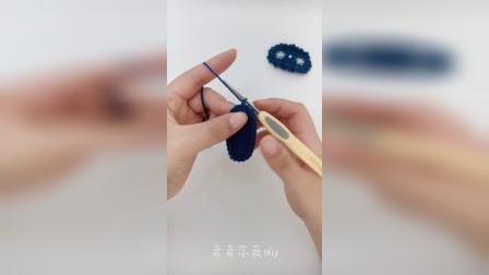 121号蓝色刺绣小花发夹教程