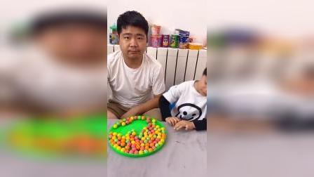 童年趣事:妈妈,哥哥偷吃我的西瓜糖