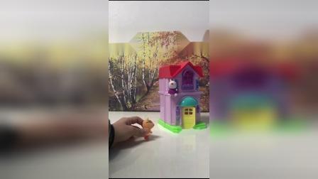儿童玩具:佩奇下不来了,该怎么办呢?