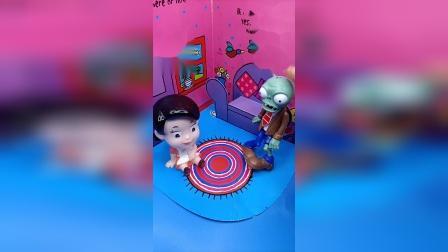 小小趣味玩具故事,小怪兽和大头妈妈