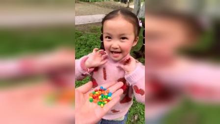 童年趣事:给宝贝的是药吗