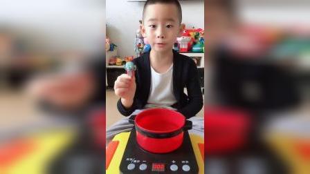 趣味童年:煮泡面呀!