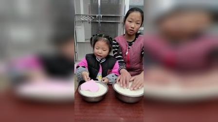 亲子游戏:姐姐和妹妹手里都拿着一颗种子吗