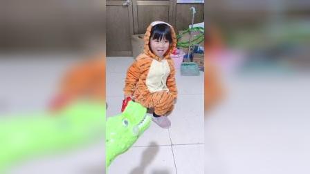 儿童益智玩具:鳄鱼咬了老虎的尾巴啦
