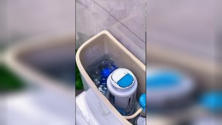 开箱:入手了小熊洁厕宝,卫生间都是香香的,也不用每天刷马桶了