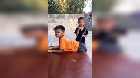 趣味童年:小宝贝们表演的真好呀