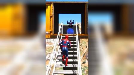 蜘蛛侠和美国队长一起跳海