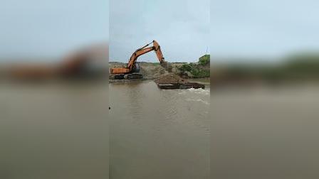 吃水太深,真怕这船开着开着沉了!