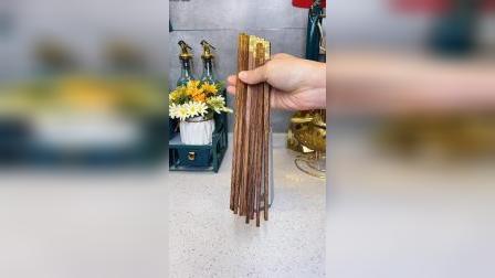 带防尘盖还能沥水的筷子筒