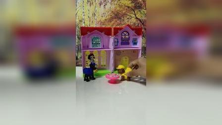 少儿玩具:汪汪队诬陷了白雪公主