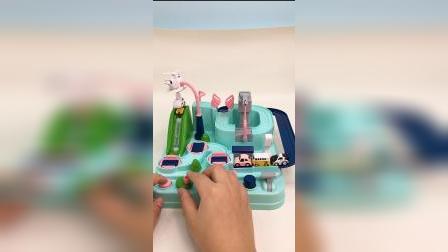 儿童玩具,小萌娃的赛道跑车