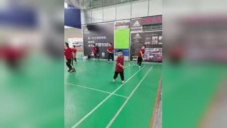 視立明 視力訓練打羽毛球