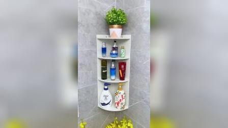 浴室厨房可以装一个免打孔的置物架,洗浴用品和调料直接收纳