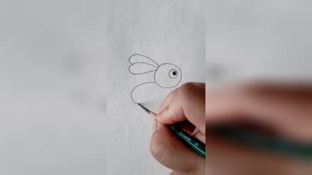 小高简笔画教程:爱吃萝卜的小兔子这样画非常简单