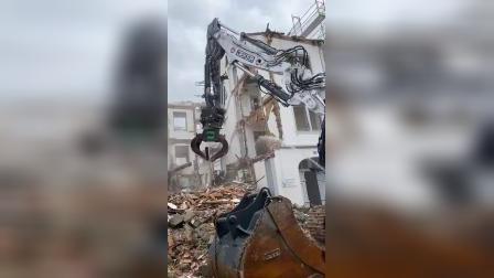 国外神钢SK400拆楼挖掘机