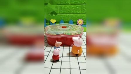 小猪佩奇乔治发现吃的,要等猪爸爸一起吃