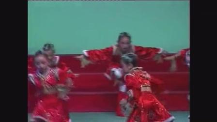 石总场一小孙萌舞蹈《绿野之骄》2004年