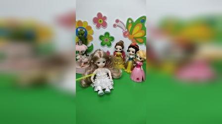 益智玩具:小公主也想去参加舞会,白雪贝儿能帮助她吗