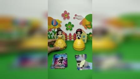 益智玩具:你们喜欢奥特曼卡片还是怪兽卡片