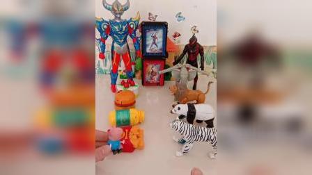 奥特曼和怪兽比变形玩具,谁会赢呢?