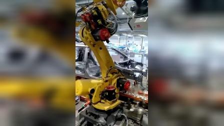 西刻标识-车身横梁机器人打标车架号