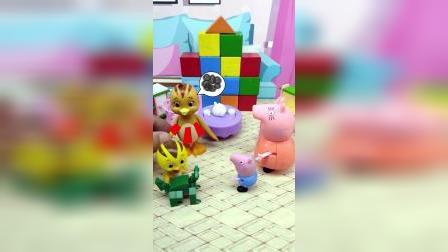 麦琪不把玩具给乔治分享,最后被妈妈批评,小朋友们不要学习麦琪哦