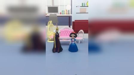 白雪考了第一,王后答应她满足三个愿望,但是这算满足了吗?