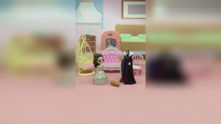 王子晚上要来做客,可是白雪却被贝儿弄晕了
