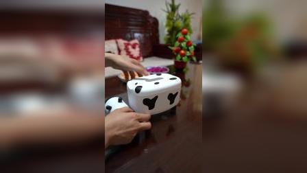 可爱漂亮的奶牛抽纸盒,既是抽纸盒又是牙签盒,一物多用