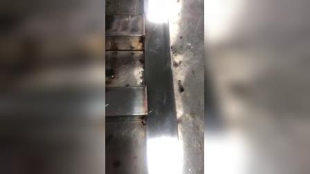 手持送丝方管焊接