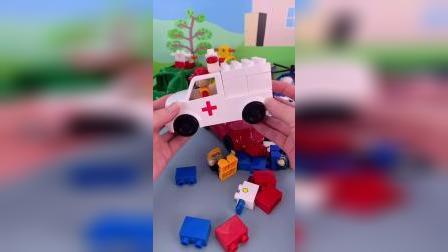 好玩的积木拼装车玩具