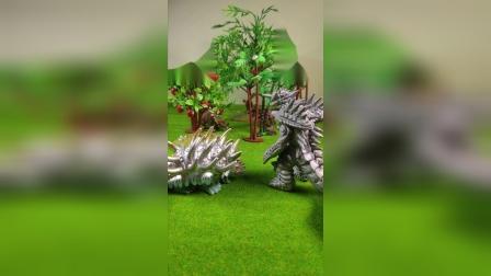 怪兽和恐龙之间的攀比!