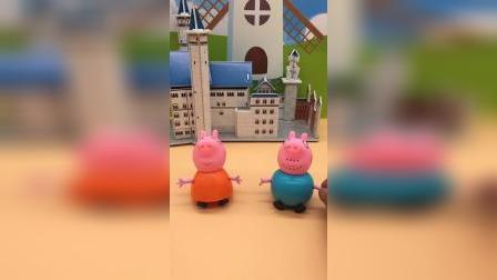 猪妈妈要给佩奇织一件毛衣