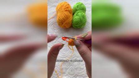 1段毛线编织针织钩针编织钥匙扣包包挂件制作教程分享如需要材料淘宝同名账号购买