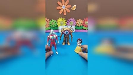 益智玩具:奥特曼需要小红心
