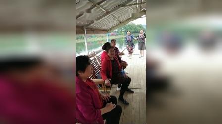 天时地利加人和来桂林旅游的人蛮多了