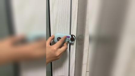 有了这个门把手锁就安全多了,再也不用担心宝宝会偷跑出去了