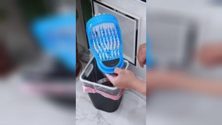用这个懒人洗脚拖鞋太舒服了吧,洗的更干净还脏手