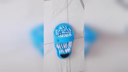 用这个懒人洗脚拖鞋真的太方便了,洗脚还不脏手