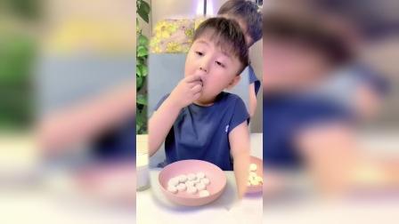 今天我变成了一块糖,妈妈会让小朋友吃吗?