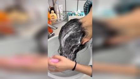 用它洗头即舒服,还能洗干净